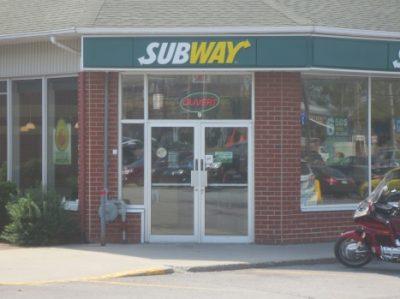 Subway (boul. Saint-Luc)